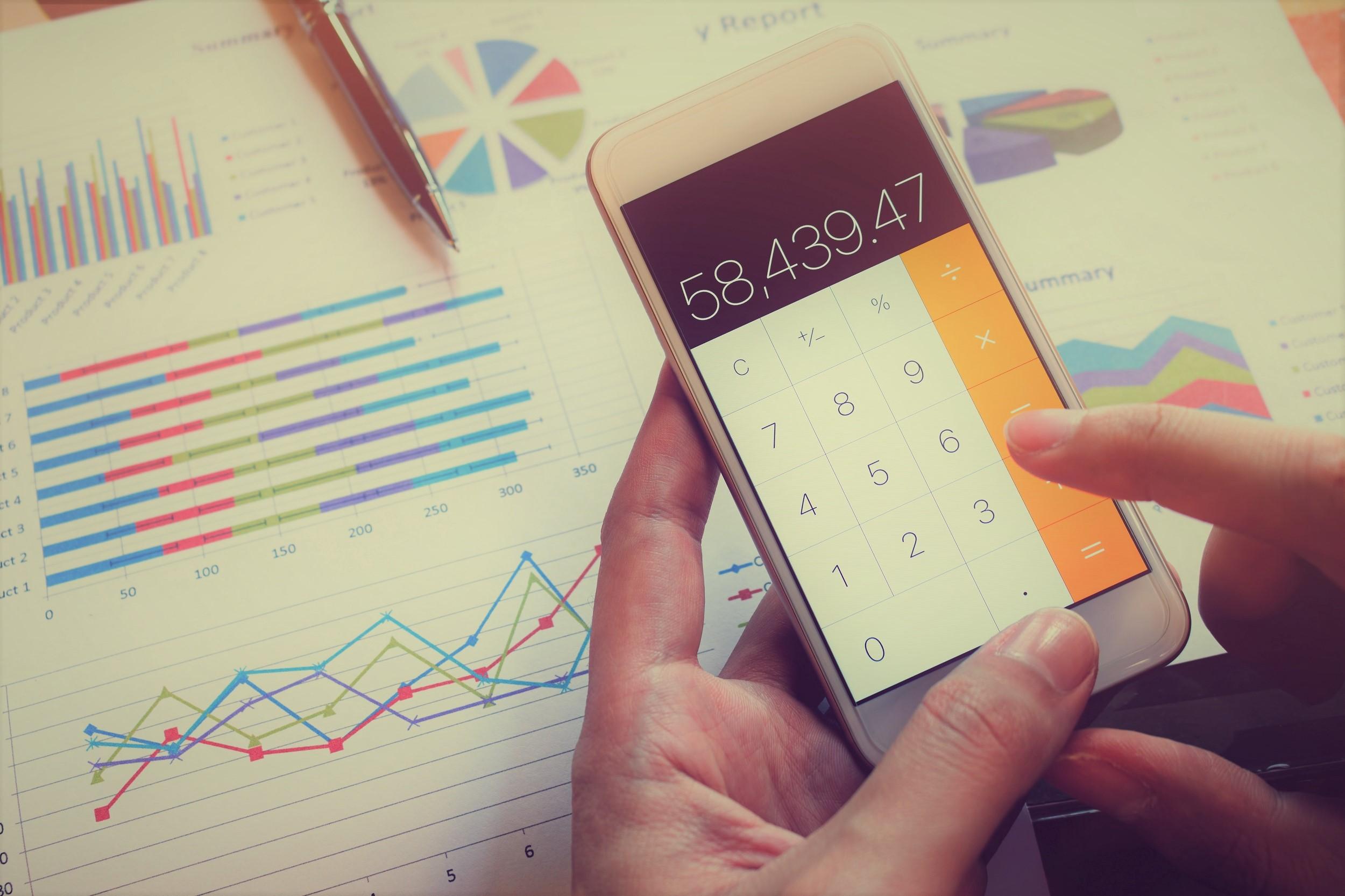 TOP4 sovellusta menojen ja tulojen seurantaan